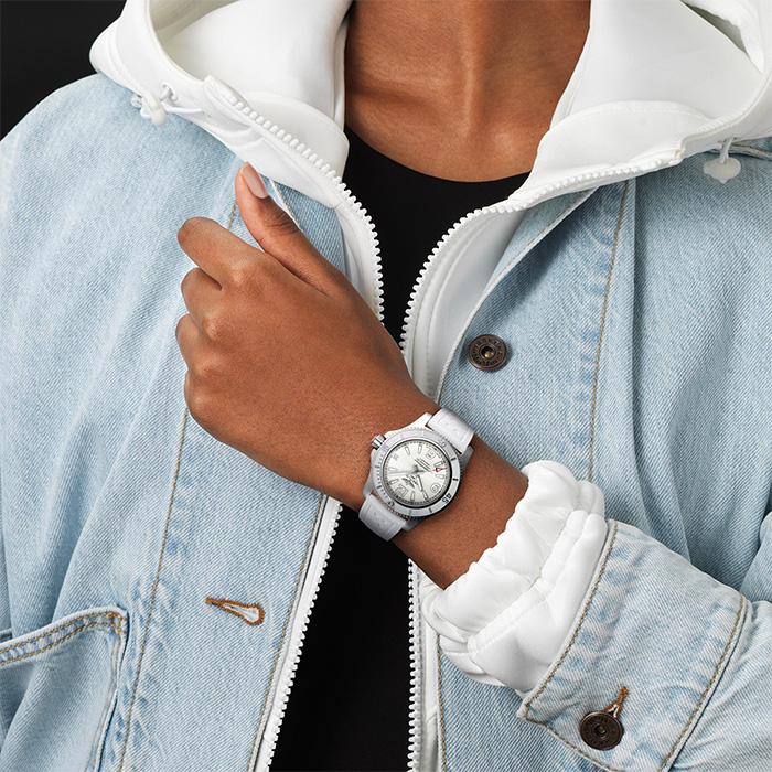 Saffier-producten-horloge-700x700_0023_a17316d21a1s1-4